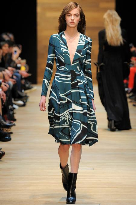 images/cast/10151883456502035=Fall 2014 COLOUR'S COMPANY fabrics x=guy laroche paris